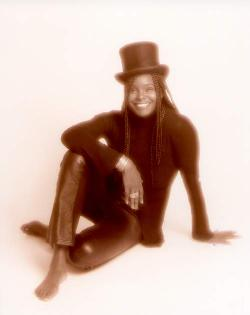 Val Kelly, Dance, Soul Funk and Jazz singer of Freespirit. Val also has her own jazz quartet.